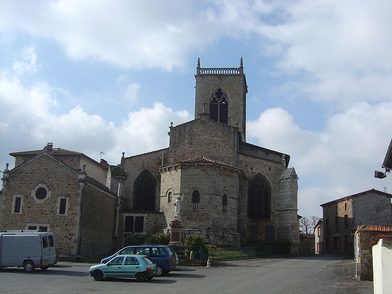 Photo du Monument Historique Eglise Sainte-Croix situé à Augerolles