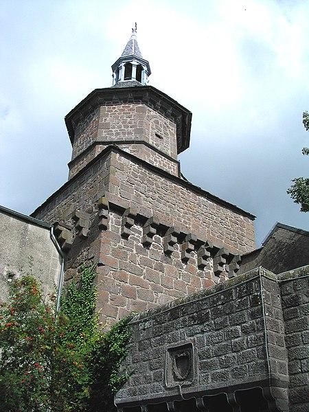 Photo du Monument Historique Beffroi situé à Besse-et-Saint-Anastaise