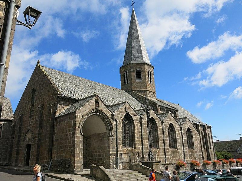 Photo du Monument Historique Eglise Saint-André situé à Besse-et-Saint-Anastaise