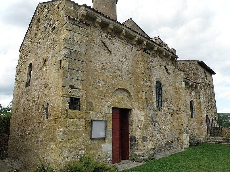 Photo du Monument Historique Eglise Saint-Jean du Marchidial et son presbytère situé à Champeix