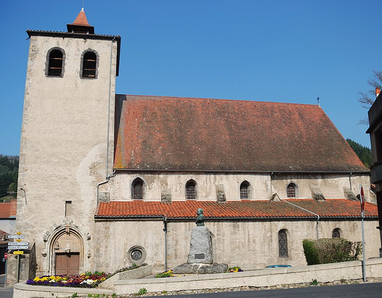 Photo du Monument Historique Eglise Saint-Sulpice situé à Châteldon