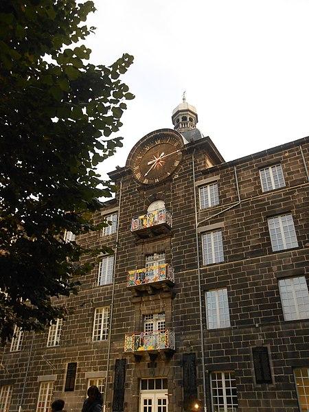 Photo du Monument Historique Ancien collège des Jésuites situé à Clermont-Ferrand