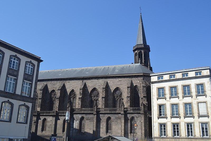 Photo du Monument Historique Eglise Saint-Genès des Carmes situé à Clermont-Ferrand
