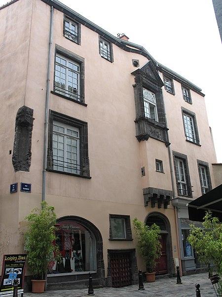 Photo du Monument Historique Maison du 16e siècle situé à Clermont-Ferrand