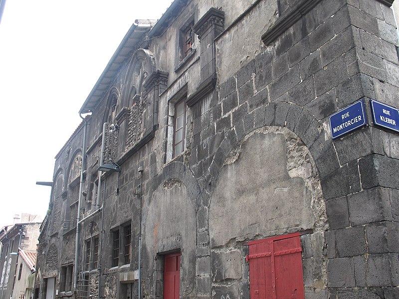 Photo du Monument Historique Maison dite d'Adam et Eve, à Montferrand situé à Clermont-Ferrand