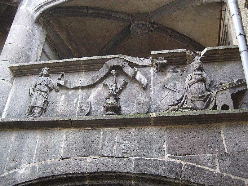 Photo du Monument Historique Ancienne maison de l'Annonciation, ou Hôtel Regin, à Montferrand situé à Clermont-Ferrand