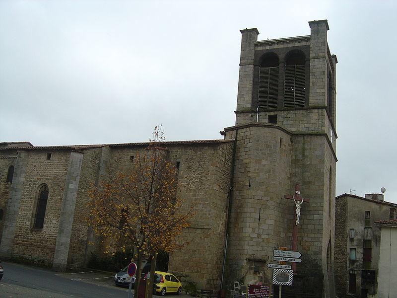 Photo du Monument Historique Eglise Saint-Martin situé à Cunlhat