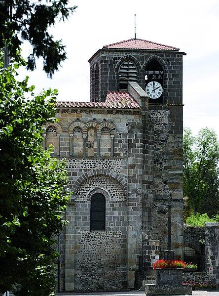 Photo du Monument Historique Eglise abbatiale Saint-Pierre situé à Mozac