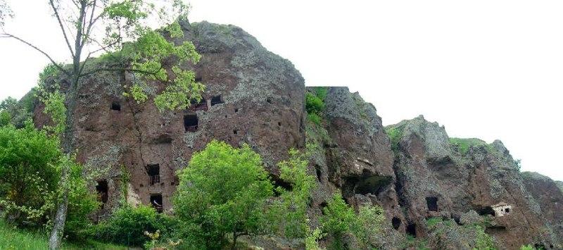 Photo du Monument Historique Eglise et grotte de Jonas situé à Saint-Pierre-Colamine