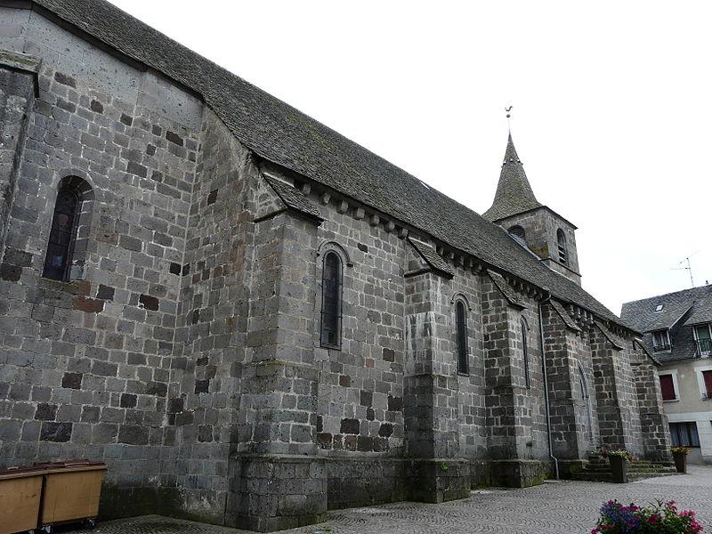 Photo du Monument Historique Eglise Notre-Dame situé à Tauves
