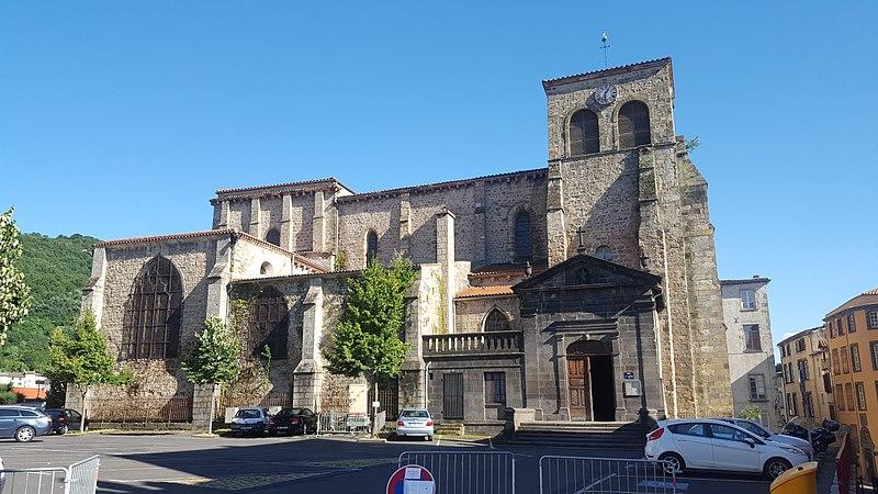 Photo du Monument Historique Eglise Saint-Genès situé à Thiers