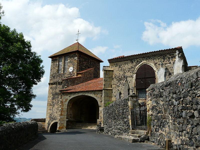 Photo du Monument Historique Eglise Saint-Maurice situé à Usson