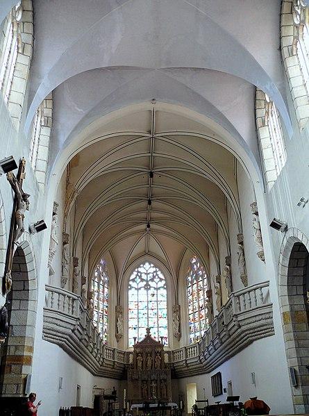 Photo du Monument Historique Eglise Saint-Pierre situé à Vic-le-Comte