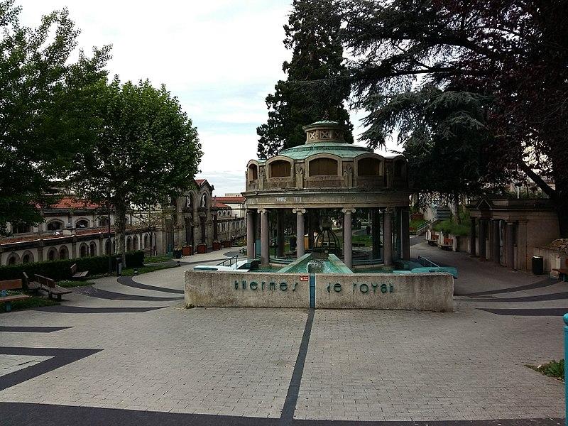 Photo du Monument Historique Etablissement thermal (également sur commune de Royat) situé à Chamalières