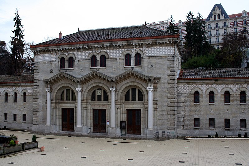 Photo du Monument Historique Grands Thermes situé à Châtel-Guyon