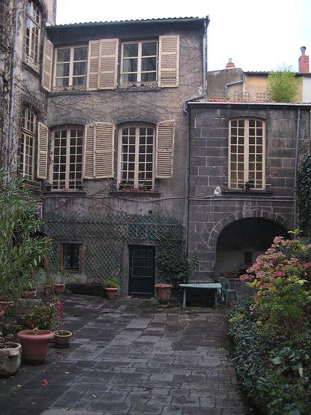 Photo du Monument Historique Hôtel Reboul-Sadourny situé à Clermont-Ferrand