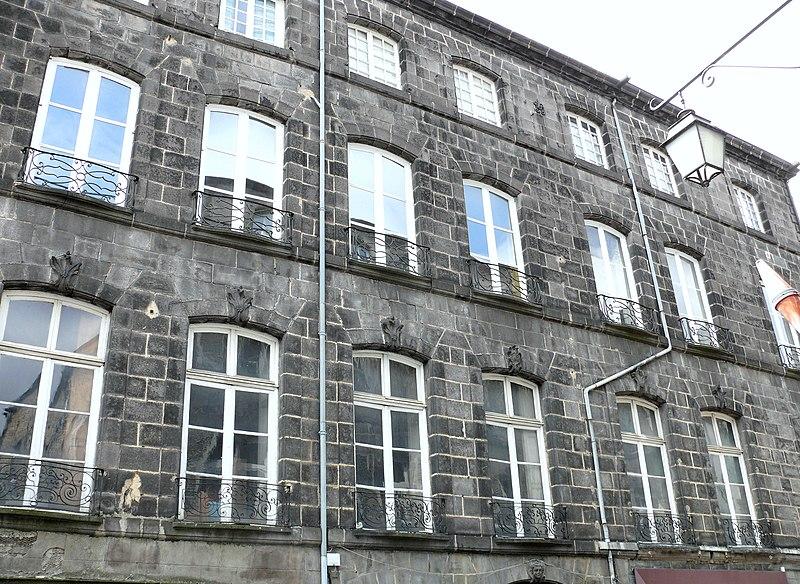 Photo du Monument Historique Hôtel Grangier de Cordès situé à Riom