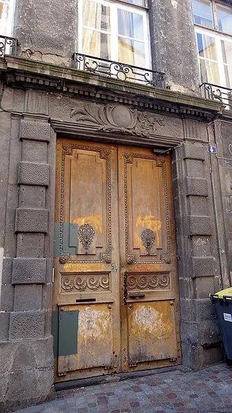 Photo du Monument Historique Hôtel Dauphin de Montrodeix situé à Clermont-Ferrand