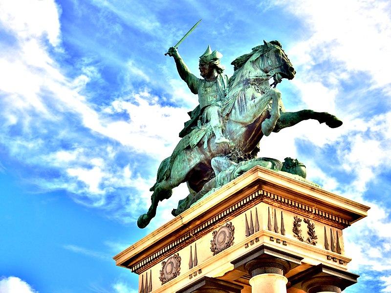 Photo du Monument Historique Statue de Vercingétorix situé à Clermont-Ferrand