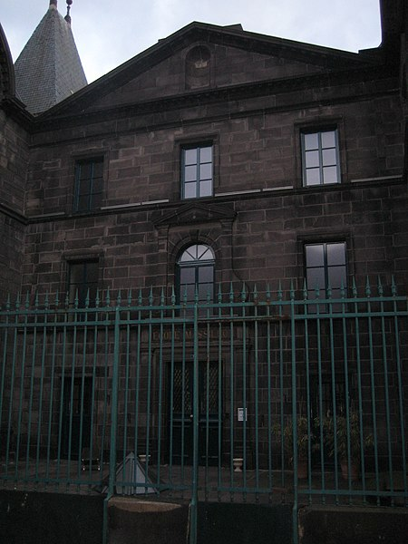 Photo du Monument Historique Lycée Massillon situé à Clermont-Ferrand