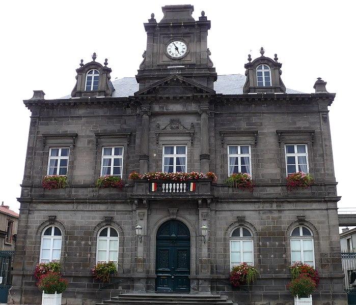 Photo du Monument Historique Hôtel de ville situé à Billom