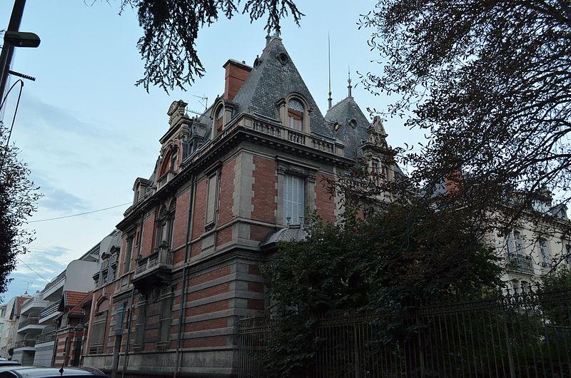 Photo du Monument Historique Villa Marie-Antoinette situé à Chamalières