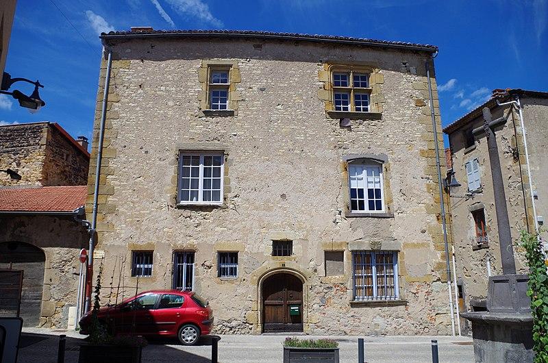 Photo du Monument Historique Maison Domat situé à Mirefleurs
