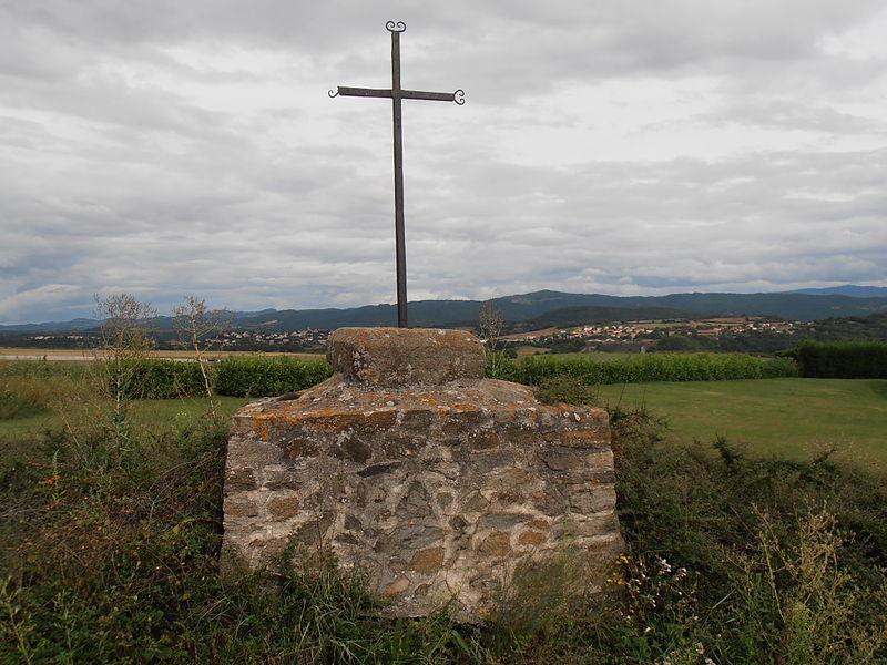 Photo du Monument Historique Site archéologique gallo-romain de la Croix de la Pierre situé à Beaulieu