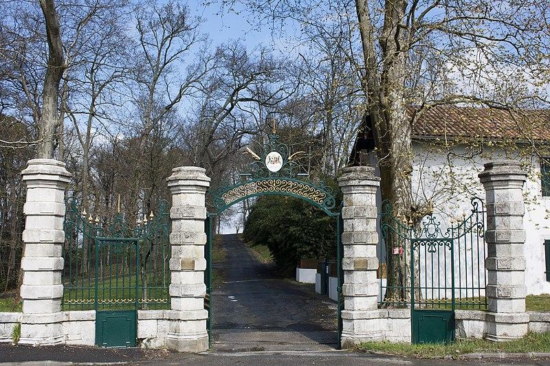 Photo du Monument Historique Château situé à Arcangues