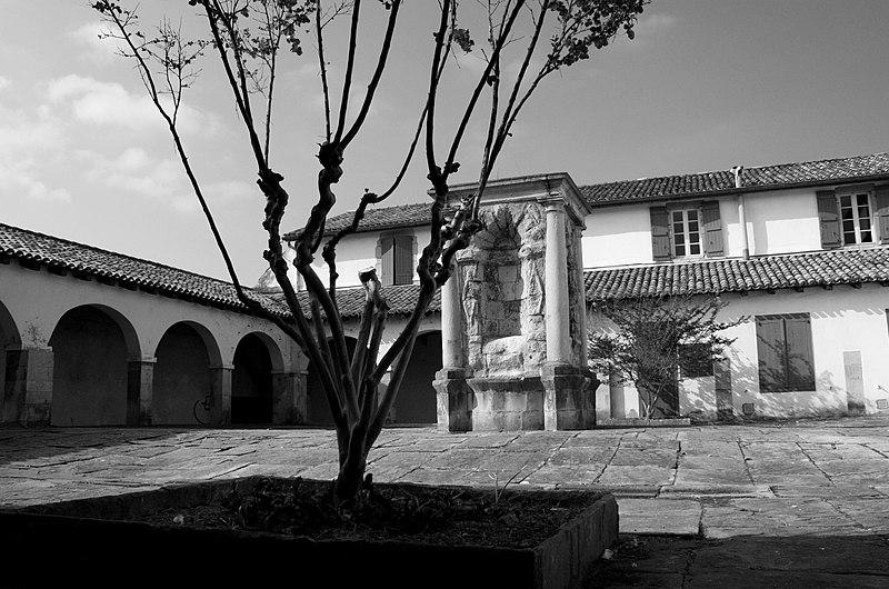 Photo du Monument Historique Ancien couvent des Récollets situé à Ciboure