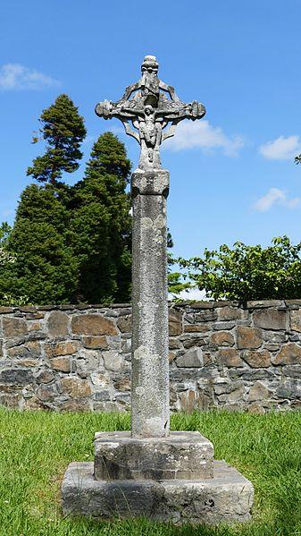 Photo du Monument Historique Croix sculptée situé à Ciboure