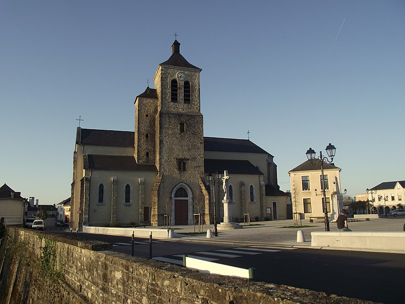 Photo du Monument Historique Eglise Saint-Vincent situé à Coarraze