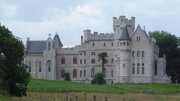 Photo du Monument Historique Château Abbadia situé à Hendaye