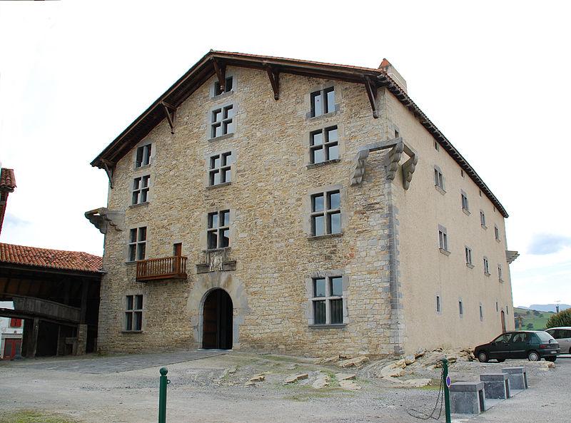Photo du Monument Historique Commanderie dite Maison Ospitalia situé à Irissarry