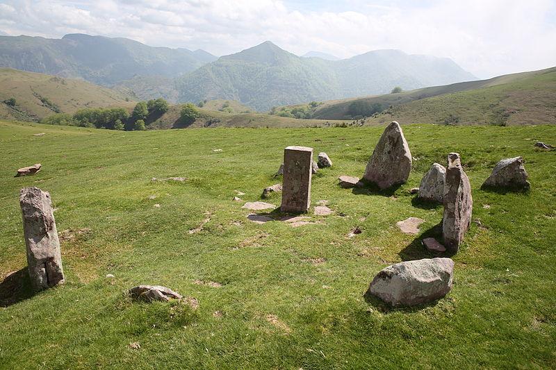 Photo du Monument Historique Cromlechs de Meatse, Meatseko-Biskarra, Iuskadi, Zelaïou ou Mendittipia situé à Itxassou