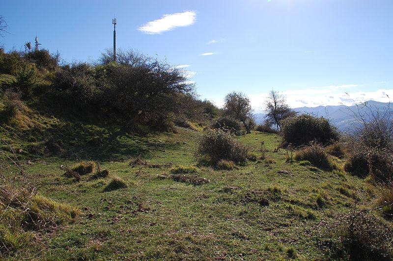 Photo du Monument Historique Enceinte protohistorique fortifiée (également sur communes d'Ostabat-Asme et de Larceveau-Arros-Cibits) situé à Lantabat
