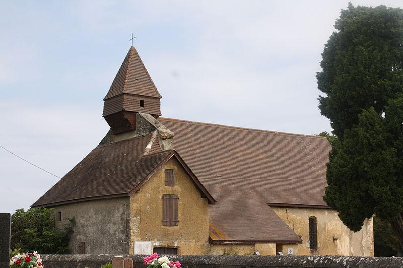 Photo du Monument Historique Eglise Saint-Martin et portail du cimetière situé à Lasserre