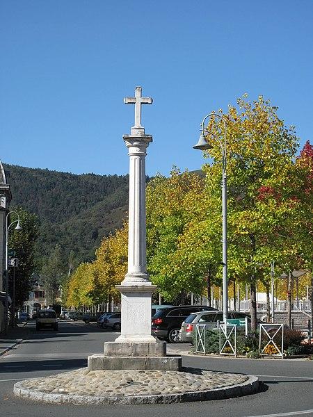 Photo du Monument Historique Calvaire du 17e siècle situé à Mauléon-Licharre