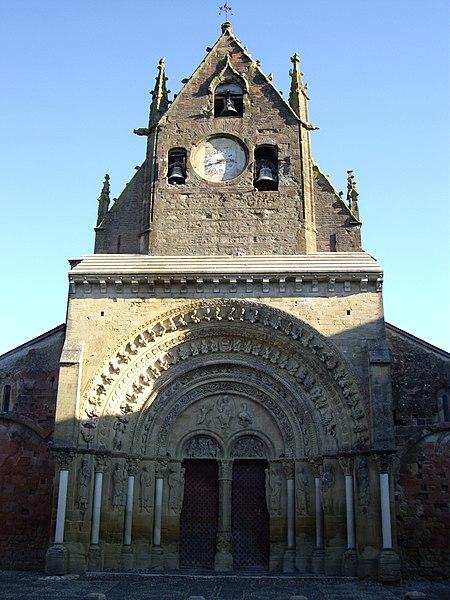 Photo du Monument Historique Eglise Sainte-Foy situé à Morlaàs