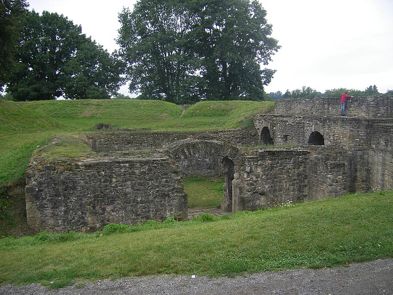 Photo du Monument Historique Enceinte bastionnée situé à Navarrenx