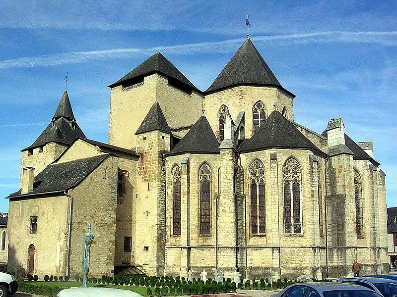 Photo du Monument Historique Eglise Sainte-Marie situé à Oloron-Sainte-Marie