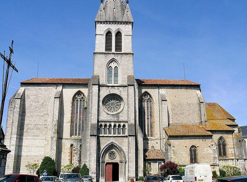 Photo du Monument Historique Eglise Saint-Pierre situé à Orthez