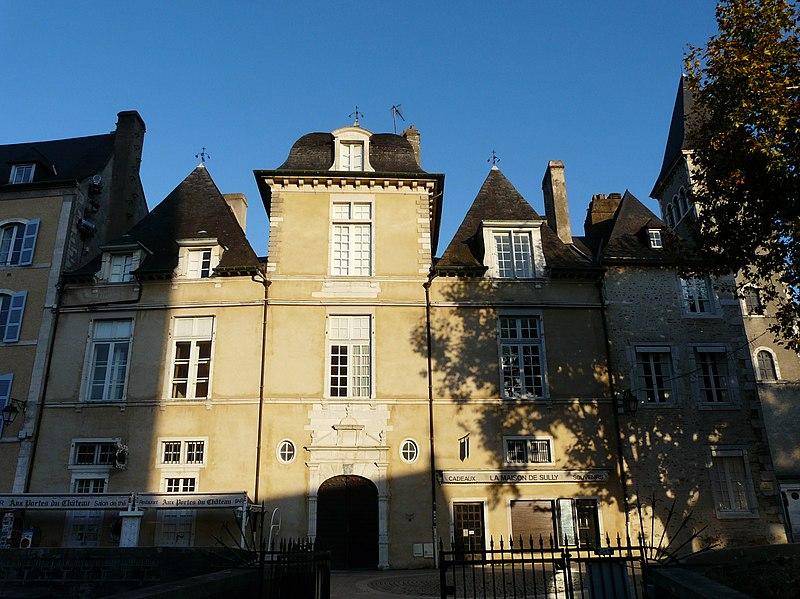 Photo du Monument Historique Ancien Hôtel de Peyre ou maison dite de Sully situé à Pau