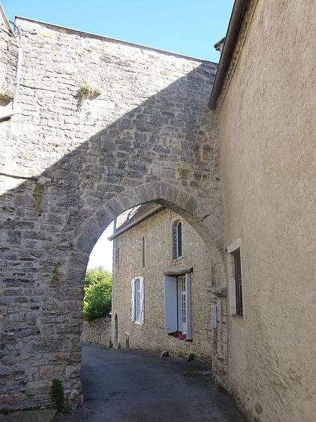 Photo du Monument Historique Arsenal situé à Sauveterre-de-Béarn