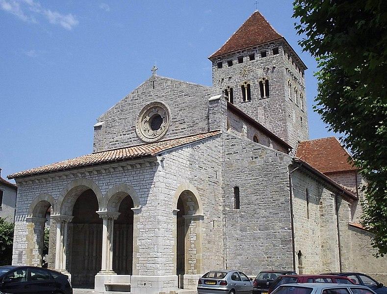 Photo du Monument Historique Eglise Saint-André situé à Sauveterre-de-Béarn