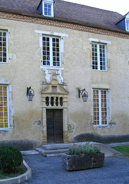 Photo du Monument Historique Château de Fanget situé à Thèze