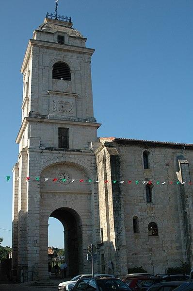 Photo du Monument Historique Eglise Saint-Vincent situé à Urrugne