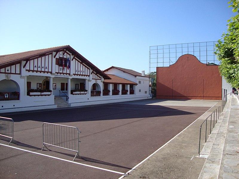 Photo du Monument Historique Mairie situé à Guéthary
