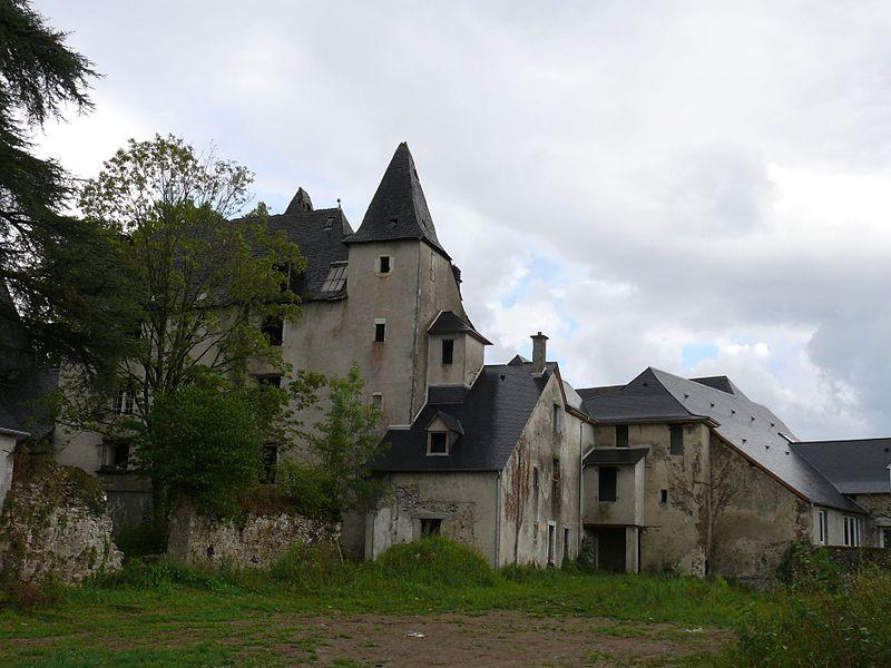 Photo du Monument Historique Château de Légugnon situé à Oloron-Sainte-Marie