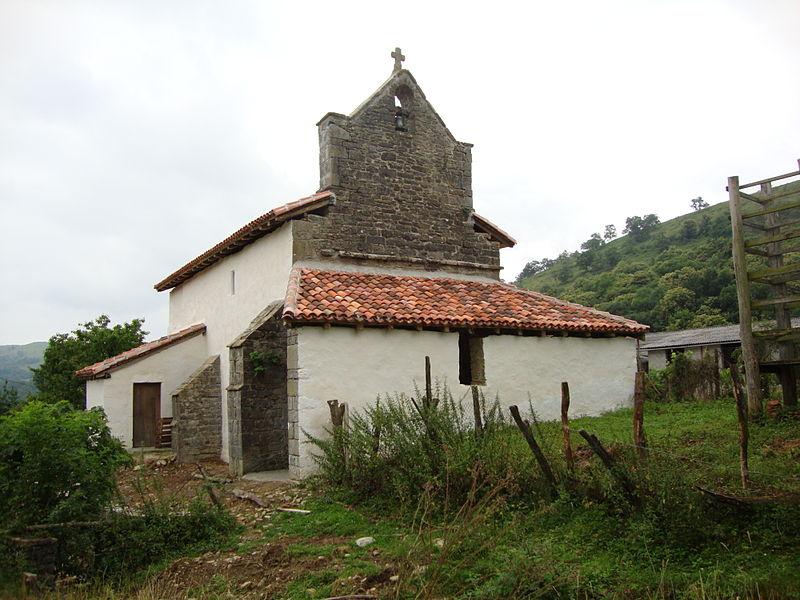 Photo du Monument Historique Chapelle Saint-Cyprien d'Ascombéguy situé à Lantabat